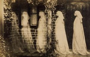 Vintage-Ghosts